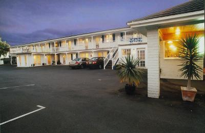 Boundary Court Motor Inn